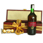 Dessert Wine and Gourmet Chocolate Gift Set